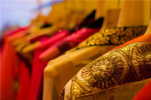 Best places for fashionistas in Mumbai