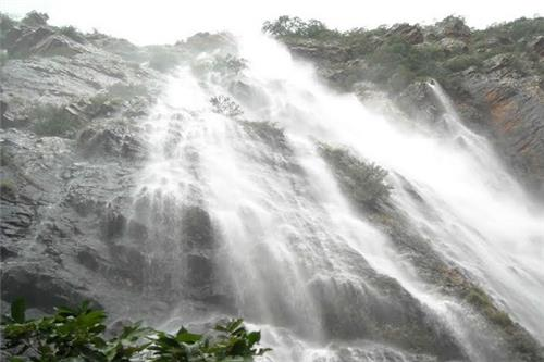 Penchakolana waterfall is a must visit in Nellore