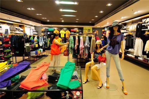 Apparel Stores in Noida