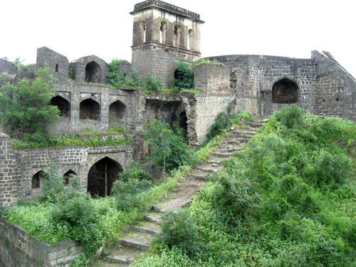 Osmanabad Tourist Place