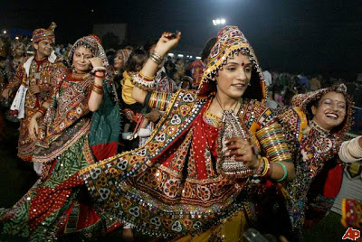 Garba Raas in Plalanpur