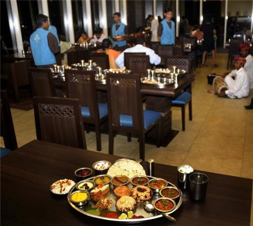 Pure veg restaurants in Pali