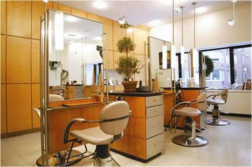 Beauty Parlor in Pathankot