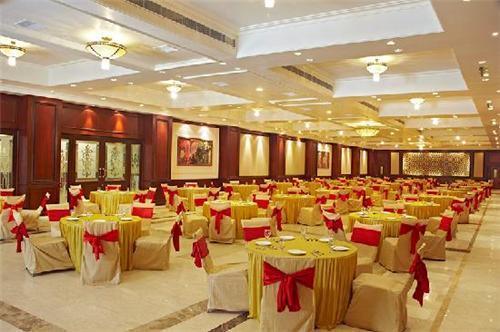 Wedding cum Banquet Halls in Puri