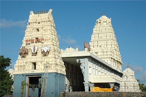 Panchamukhi Anjaneya Temple in Raichur