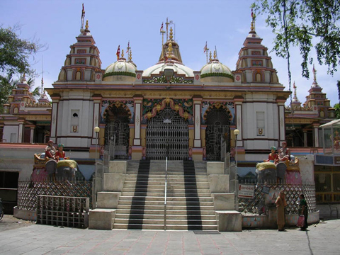Swaminarayan temple at Bhupender Raod in Rajkot