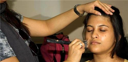 Beauty Parlours in Solapur