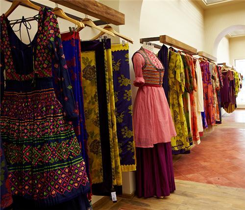Boutiques in Solapur