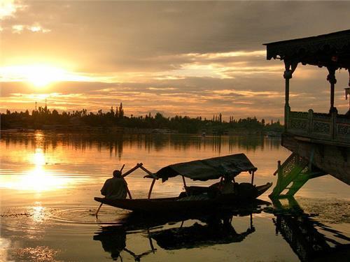 Beauty of Nagin Lake