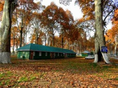 Camping a Nasim Bagh