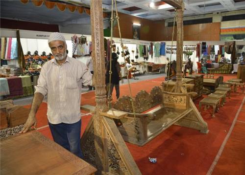 Wooden Items Business in Srinagar