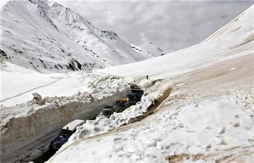 Srinagar to Sinthan Top