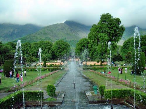 Mughal Gardens in Srinagar