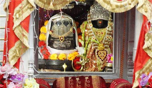 Dieties of Kheer Bhawani Temple in Srinagar