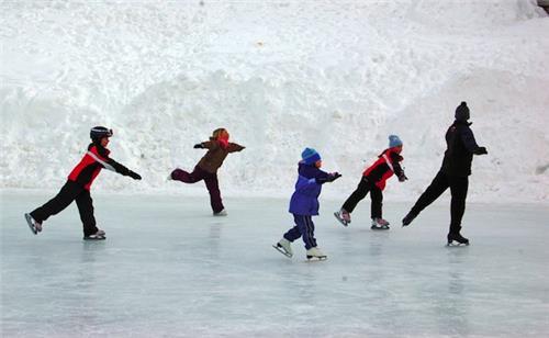 Ice Hockey in Srinagar