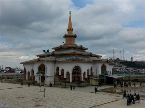 Charir-i-Sharif in Srinagar