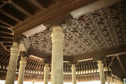 Beautiful Architecture of Kuthiramalika Palace in Thiruvananthapuram