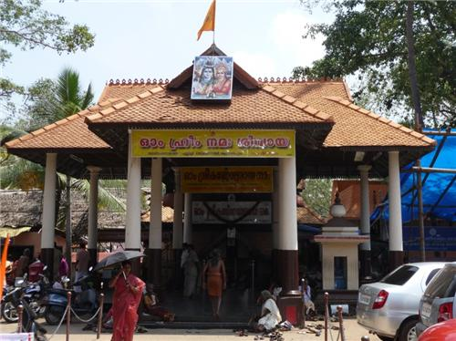 Touring Shiva temples in Trivandrum