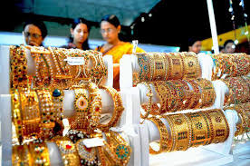 Shopping for Gold Jewelery in Thrissur