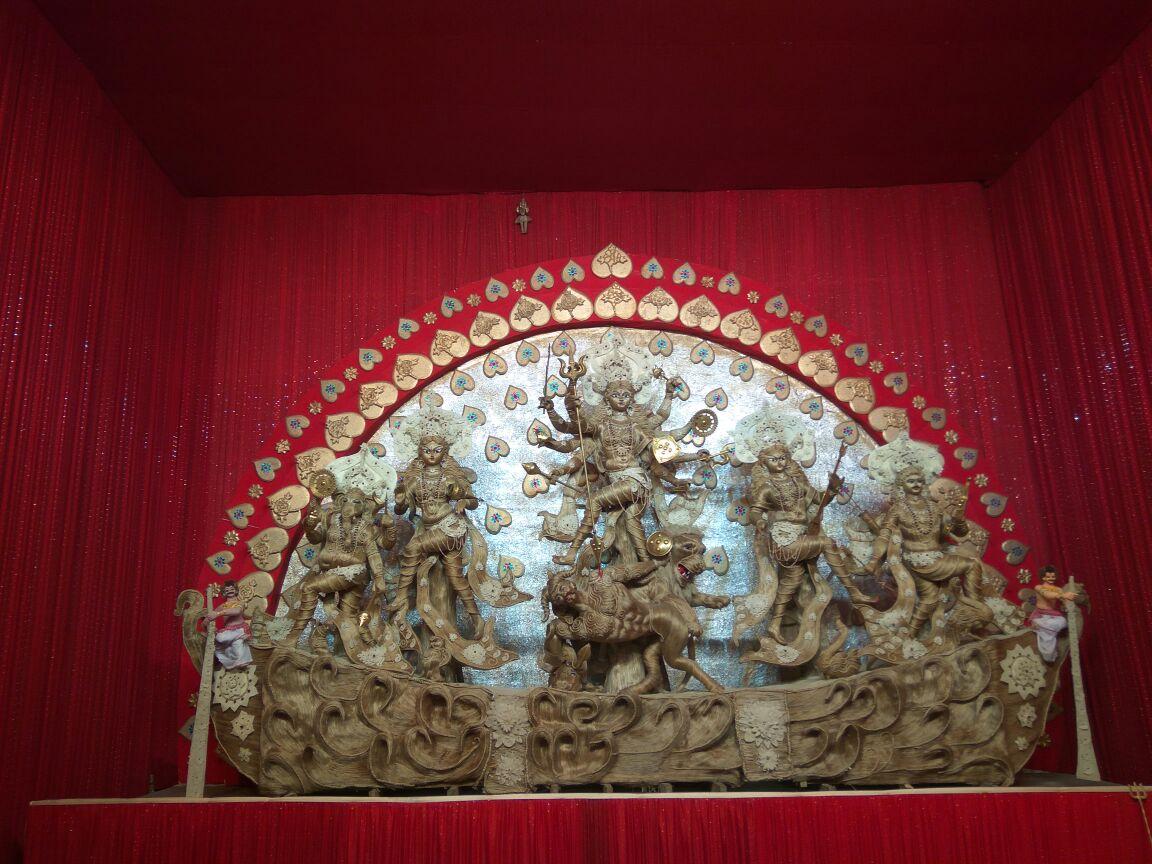 Nauphukri Thanda Ghar Durga Puja