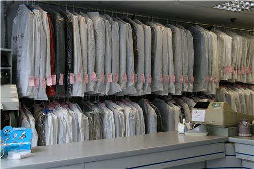 Dry Cleaners in Vadodara