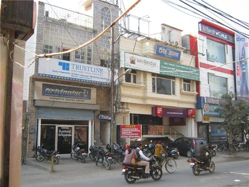 Shopping complexes and local bazaar in Yamunanagar