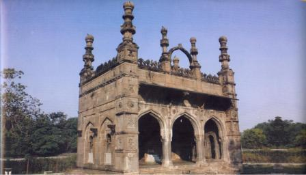 Tomb in Ahmednagar