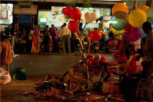 Best Street Shopping in ahmedabad