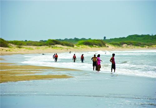 Beach near Vijay Vilas Palace in Mandi near Ahmedabad