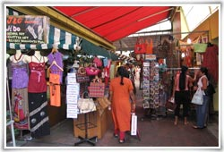 Best Place to shop during Ahmedabad Darshan