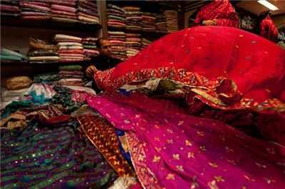 http://im.hunt.in/cg/amritsar/City-Guide/m1m-Shoppinglead-flickr.jpg