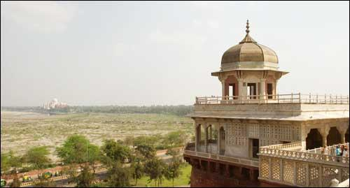 Agra Weekend Getaway near Amroha