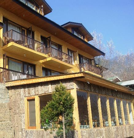 Staying in Anantnag