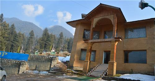 Facilities in Pahalgam