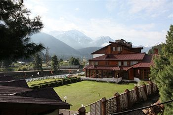 Resorts near Anantnag