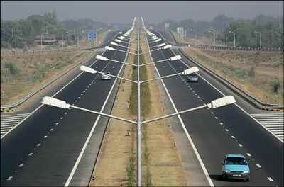 http://im.hunt.in/cg/andhra/about/transport/m1m-roads-in-andhra-pradesh.jpg