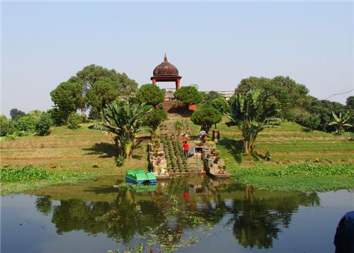 Golap Bagh in Bardhaman