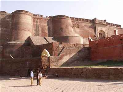 http://im.hunt.in/cg/bathinda/City-Guide/m1m-tourism.jpg