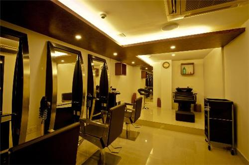 Unisex Salon in Chennai