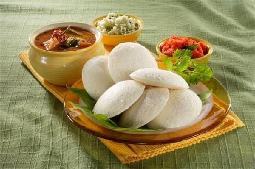 Idli and Sambar as breakfast in Chennai