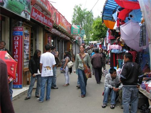 Shops on both sides of Nehru Road