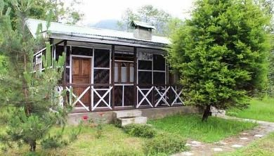 Cottage At Plamajua from Darjeeling