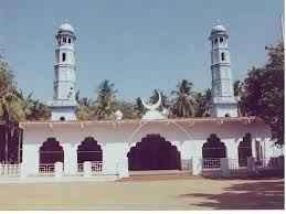 http://im.hunt.in/cg/dindigul/City-Guide/m1m-Begambur-Big-Mosque.jpeg