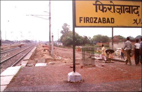 Local Transport in Firozabad