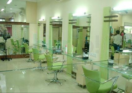 Beauty Parlors and Salons in Gandhinagar
