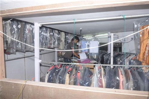 Dry Cleaners in Gurugram