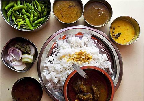 Hamirpuri cuisine consists of varities of ethnic dishes