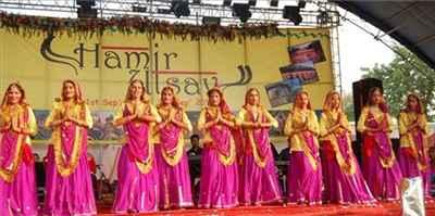 http://im.hunt.in/cg/hamirpur/City-Guide/m1m-Hamir-Utsav-Hamirpur.jpg