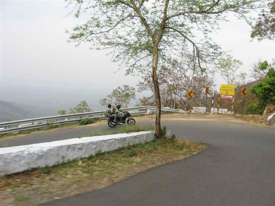 भारत में सर्वश्रेष्ठ बस यात्राएं