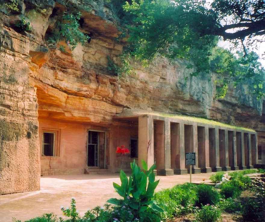 भारत की प्रसिद्ध गुफाएँ